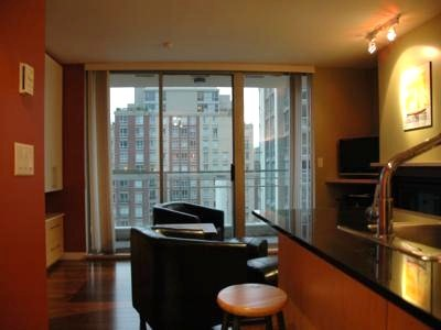 The Eden Stylish Yaletown Furnished Studio Apartment