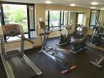 Full service fitness room.